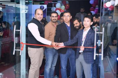 TCL Celebrates the First Anniversary of Islamabad Flagship Store with Mega Discounts and Giveaways